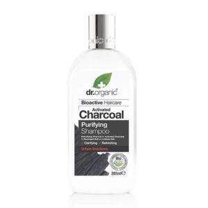 Shampoing au charbon actif